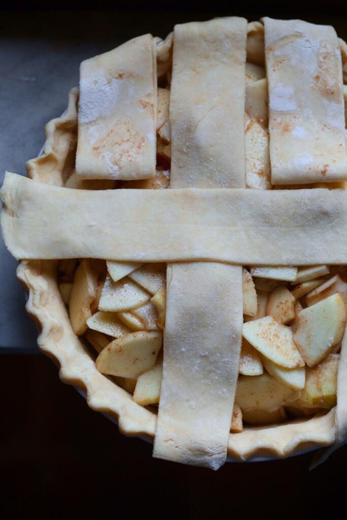 How to make lattice top pastry for Deep Dish Apple Pie